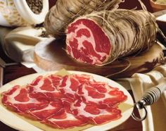 Coppa, tartufi e vino: weekend goloso in Emilia Romagna #italianfood www.hotelroyalplaza.it