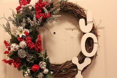 DIY Christmas Wreath.  Berries and Joy letters. Simple and Beautiful.