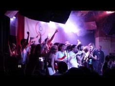 the hinds Madrid 26 abril 2015 - invasion de escenario - YouTube