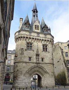 La Porte Cailhau à Bordeaux (XVe). To learn more about #Bordeaux, click here: http://www.greatwinecapitals.com/capitals/bordeaux