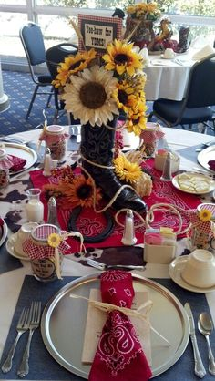 Western themed table decor for school luncheon