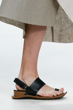 Marni Spring 2015 Ready-to-Wear - Details - Gallery - Look 4 - Style.com
