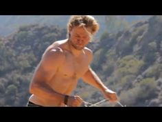Charlie Hunnam Strips Down and Opens Up About Life After 'Anarchy' - YouTube