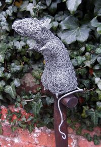 Mouse On Spade wire garden sculpture by David Metcalff. Unusual gift ideas.  Buy online at www.jinneyring.co.uk