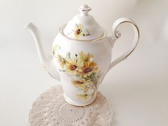 Brown Eyed Susan, Flower Teapot, Royal Standard, Bone china Teapot, English Teapot, Yellow Flowers, British Tea, Coffee pot, Chocolate pot