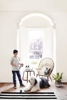 Finding the right white colour paint for your home can be a challenge and there are so many to choose from. Today I have a showcase of some of the most popular white interior paint colours from Dulux Dulux White Paint, Off White Paint Colors, Best White Paint, Off White Paints, Wall Colors, House Colors, Dulux Whisper White, Antique White Usa, Dulux Natural White