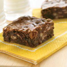 Milk Chocolate Banana Brownies (Easy; 16 brownies) #banana #brownies