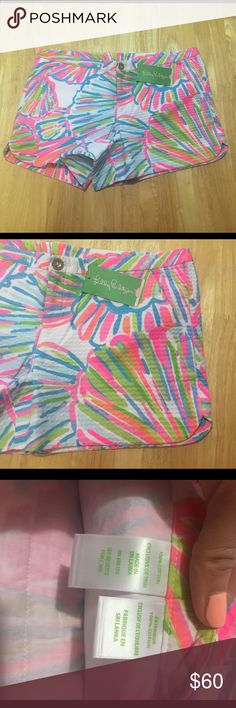 "Lilly Pulitzer Adie Short Adorable summer shorts in ""Shellabrate"" print. They are fun and bright with a textured fabric. Brand new with tags, no flaws. Size 6, 3.5"" inseam.                                             ✔️Top 10% seller! ✔️Fast shipper- guaranteed to ship same or next day  ✔️Perfect ratings! You can trust my items to be in the condition they are listed.   💕Ask questions before buying!  💕Make offers! But please be fair, don't lowball- it's rude.  ❌❌❌NO TRADES❌❌❌ Lilly Pulitzer…"
