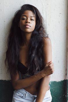 South African girl Genevieve Morton