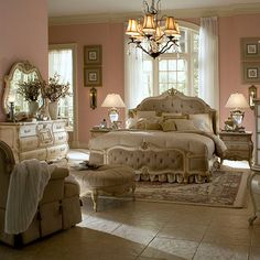 LavelleBedroom | Michael Amini Furniture Designs | amini.com