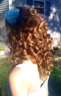 Curls♡ #Hairstyle #Hairdo #Beauty