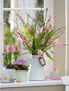 pink bouquet in window- rózsaszín csokor ablakban pink bouquet in window - Easter Flower Arrangements, Easter Flowers, Floral Arrangements, Pink Tulips, Tulips Flowers, Ikebana, Diy Decorations To Make, Vintage Fall Decor, Church Flowers