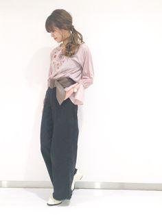🐻💖 トレンドの刺繍pink♡ お気に入りのブラックデニムと合わせて♩
