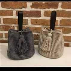 In a dream bag kit Discover thousands of images about Crochet bag pattern Crochet tutorial Bryce bag PDF pattern Crotchet Bags, Crochet Tote, Crochet Handbags, Crochet Purses, Love Crochet, Knitted Bags, Beautiful Crochet, Single Crochet, Potli Bags