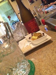 練馬駅から徒歩4分の「かず」さん。こちらは、紅芋焼酎「寧」をお取扱い。ダンディなお客様の多いお店です。