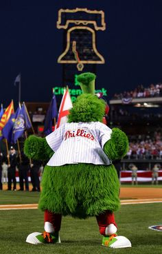 As American as apple pie ~ love our Phanatic, hands down the best mascot ever!