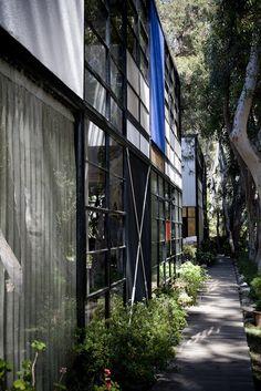 Eames Facade