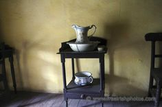 Forest Cottage, V60 Coffee, Furnitures, Basin, Coffee Maker, Farmhouse, Kitchen Appliances, Antiques, Interior