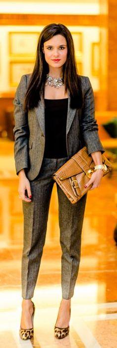 Formal look - TRaje de chaqueta Mango Women suit - Crimenes de la Moda - bolso Ralph Lauren Handbag - zapatos Guiseppe Zanotti shoes - collar Zara necklace - reloj Michael Kors watch