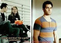 "Lydia judging Derek's fashion faux pas: 21 Jokes Only ""Teen Wolf"" Fans Will Find Funny Stiles Teen Wolf, Teen Wolf Boys, Teen Wolf Dylan, Teen Wolf Cast, Teen Wolf Derek Hale, Stiles And Lydia, Teen Wolf Memes, Teen Wolf Funny, Malia Tate"