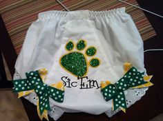 Custom Boutique  Baylor Bears Bloomers by TrendyTotsAndMore