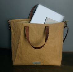 Perfect-sized work or travel bag. Made out of durable paper-leather (a cool material made out of cellulose fibres mixed with latex). Everyday Bag, Leather Bags, Travel Bag, Making Out, Latex, Shopping Bag, Tote Bag, Cool Stuff