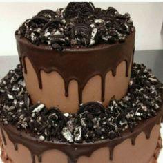 Chocolate cake, dessert #cake #chocolate #dessert #treat #inspiration #bake #decorate #tips #diy