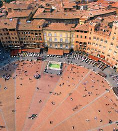 Piazza del campo in Siena, Italy My Travel Map, Italy Travel, Places To Travel, Oh The Places You'll Go, Places Ive Been, Places To Visit, Road Trip Europe, Pilgrimage, Plaza