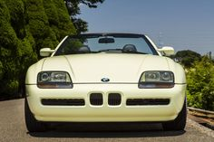 Z1にも小さいながらBMWのアイコンであるキドニーグリルが備わります Bmw Z1, Top Cars, Classic, Vehicles, Autos, Derby, Rolling Stock, Classical Music, Vehicle