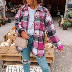 This checked shirt coat will go with any outfit you make! Whether you're looking for a casual or dressy look, this shirt coat will be perfect for any occasion. With so many styles to choose from, it's hard to pick just one. So why not buy all of them? Material:Polyester Fiber (polyester) Material Composition:81%-90% Pattern Type:Plaid Want to look and feel like a style star? Shop our fashilist edit for your new casual day & weekend outfit ideas. From slogan T-shirts and crop tops to jeans an Trendy Fall Outfits, Fall Winter Outfits, Cute Casual Outfits, Casual Wear, Women Fall Outfits, Comfortable Fall Outfits, Cute Flannel Outfits, Winter Fashion Outfits, Plaid Fall Outfits