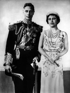 King George VI and Queen Elizabeth, 1937 . ◼ The Queen Mother died this day 30 March 2002 . George Vi, Rei George, English Royal Family, British Royal Families, British Royal Family Tree, Lady Elizabeth, Elizabeth Taylor, Queen Elizabeth Wedding, Princesa Anne