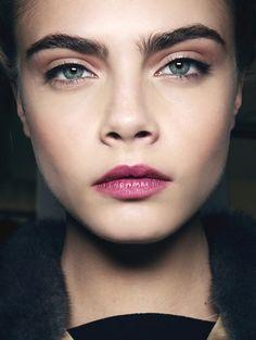 makeup labios morados - Buscar con Google