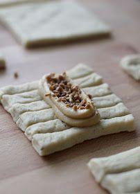 pikku murusia: Toffeepullat Camembert Cheese, Waffles, Baking, Tuli, Breakfast, Desserts, Food, Morning Coffee, Tailgate Desserts