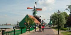 Cycling through the Zaanse Schans. Photo © Holland-Cycling.com