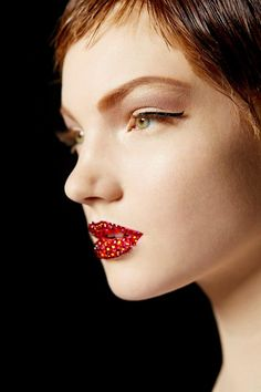FAUX REAL FASHION: Make-Up At the Dior Haute Couture Spring-Summer 2013 Show