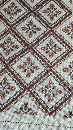 Cross Stitch Cushion, Cross Stitch Art, Cross Stitch Borders, Cross Stitch Flowers, Cross Stitch Designs, Cross Stitching, Cross Stitch Embroidery, Cross Stitch Patterns, Hand Embroidery Design Patterns