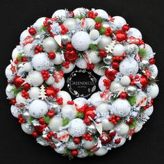 Winter Christmas, Christmas Time, Xmas, Holiday, Christmas Tree Decorations, Christmas Wreaths, Christmas Crafts, Welcome Winter, Ornament Wreath
