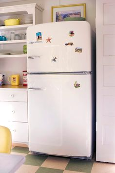 Original Size Retro Refrigerator Gallery | Big Chill