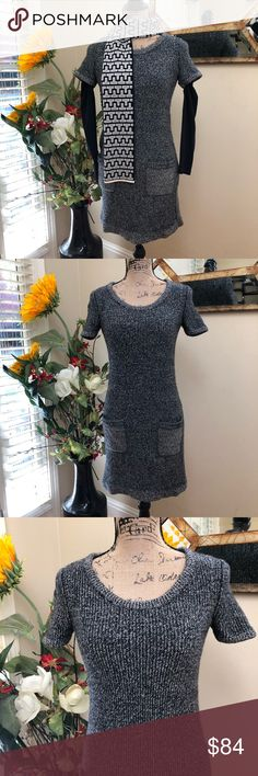 💝Rag & Bone must have pocketed sweater dress! 💝Rag & Bone must have pocketed sweater dress! Stunner by powerhouse Rag & Bone Color blocked sides for flattery  Grey black and white  Easy to layer and perfect with boots Show off your Rag & Bone style! Pre-loved in excellent condition  Thank you for looking in our closet Please feel free to check out our other listings rag & bone Dresses Midi