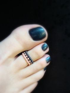 Stacking Toe Rings  Rose  Hematite  Stretch Bead Toe Ring by FancyFeetBoutique, $5.25