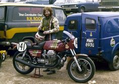 Moto Guzzi 850 Le Mans Avon Production Series rider Armstrong (brother of series winner Roy).