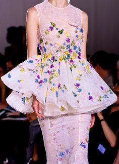 http://chiffonandribbons.tumblr.com/post/60509105190/giambattista-valli-couture-f-w-2013