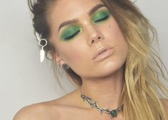 TODAYS LOOK – SILVER FEATHERS