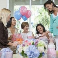 How to throw a great baby shower any mother-to-be won't forget!