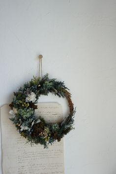 森の三日月リース Christmas Wreaths, Autumn, Holiday Decor, Fall Season, Fall