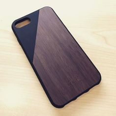 【miss_nerdygal】さんのInstagramをピンしています。 《My new #iphone7 #wooden #case from @nativeunion #chic and #beautiful 🌲 . . #designlovers #accessories #nativeunion #woodcarving #woods #woodcraft #woodentoys #productdesign #lifestyleblogger #木 #treeoflife #tree #coolstuff #goodtaste #センス #crafting #森 #geschmack #schön #loveit #hip #美 #realwood #stylish #stylishkids》