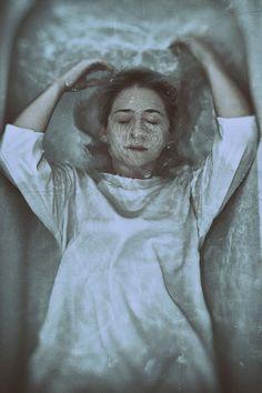 """Smother"" — Photographer: Michele Maglio – Mic Photo Model: Carolina Ventura"
