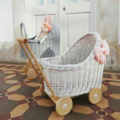 Dolls Prams, Bassinet, Wicker, Little Girls, Crafty, Bag, Wood, Furniture, Home Decor