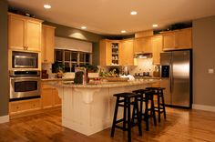 Shakertown Kitchen & Bathroom Cabinet Gallery - Shakertown from Kitchen Cabinet Kings.