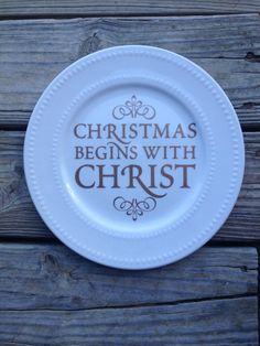 Items similar to Christmas begins with Christ decorative plate on Etsy Christmas Booth, Christmas Plates, Christmas Diy, Christmas Things, Christmas Goodies, Vinyl Crafts, Diy Arts And Crafts, Christmas Crafts, Simple Crafts